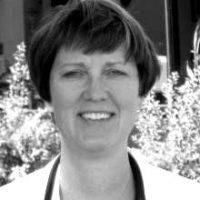 Dr.-Rebecca-Stepien-blackwhite
